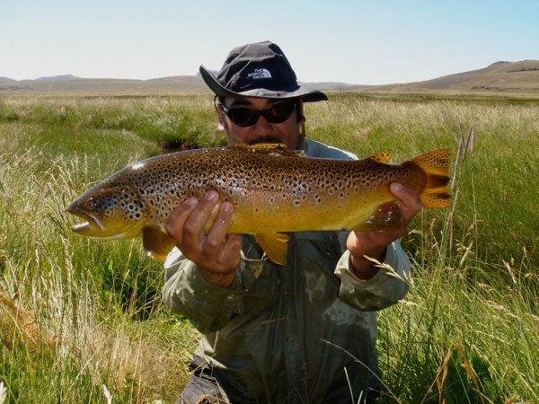 Estancia del zorro lodge chile travel lodges chicago for Chicago fly fishing outfitters
